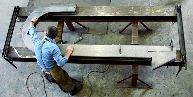 """Electric Fountain"", Stahl und Metallbau aus Michael Hammers' Schmiede Aachen. Zertifiziert, fachkompetent, perfekt. Foto: Michael Hammers Studios"