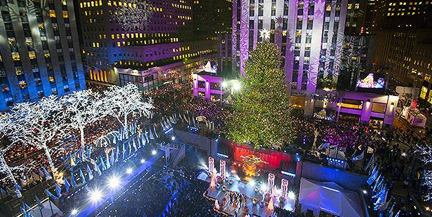 Pictures Of Rockefeller Center Christmas Tree